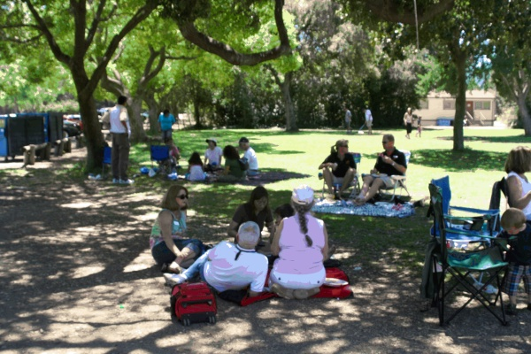 picnic It is adjacent to large grassy area, perfect for games.
